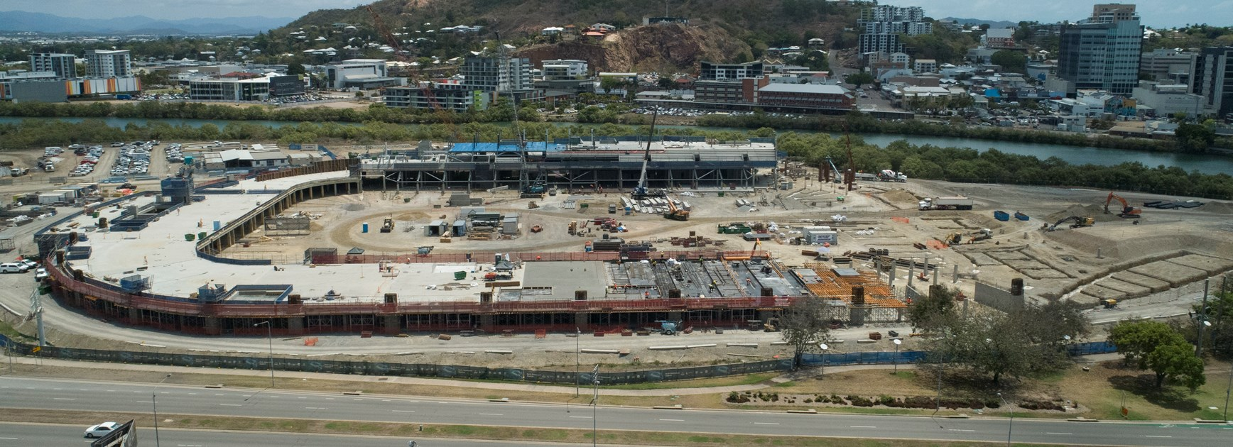 North Queensland Stadium project site looking west towards Castle Hill (image taken by drone 12 October 2018) © Queensland Department of Housing and Public Works