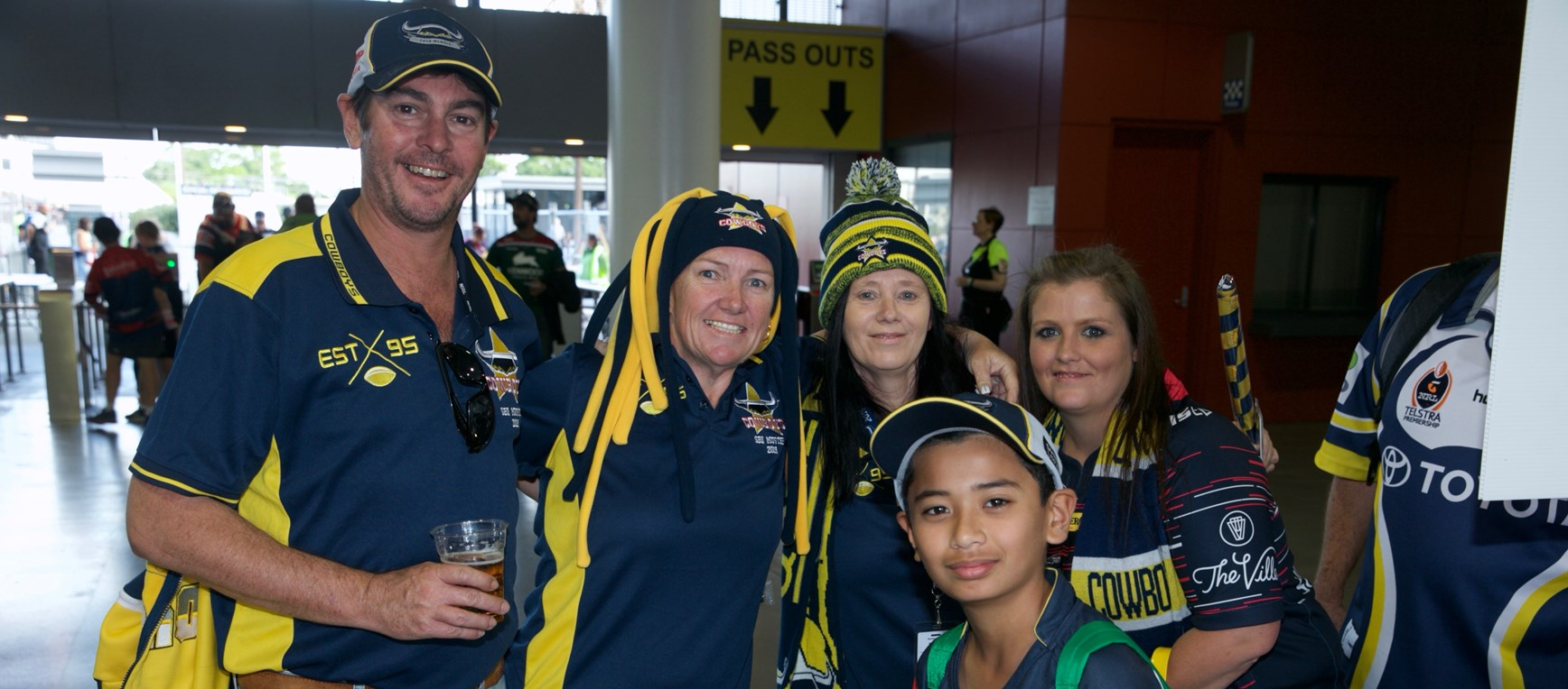 Fan gallery: Round 9 v Rabbitohs