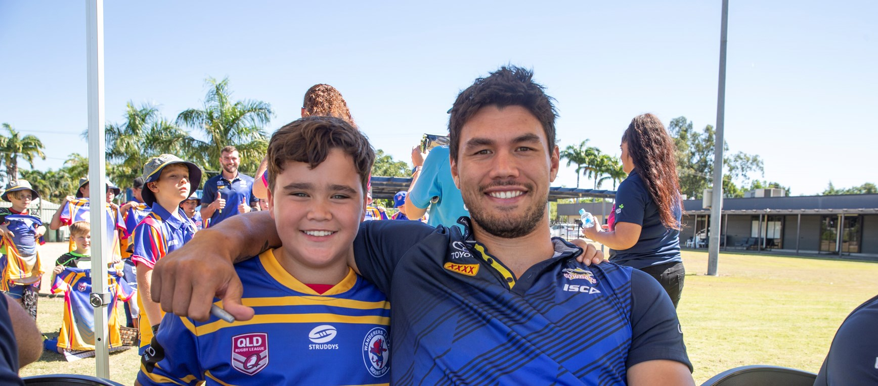 Laurie Spina Shield signing session in 2019