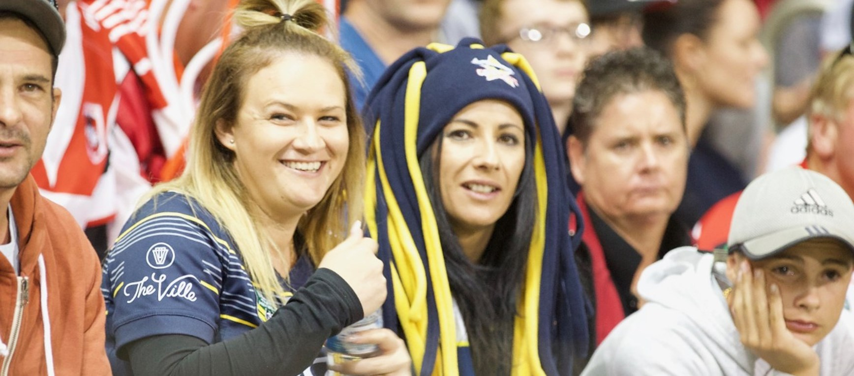 Fan gallery | Rd 7 v Dragons